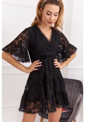 Elegantní, černé krajkové šaty s ¾ volánovým rukávem