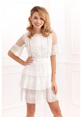 Transparentní, moderní, bílé áčkové šaty s krajkovými vsadkami