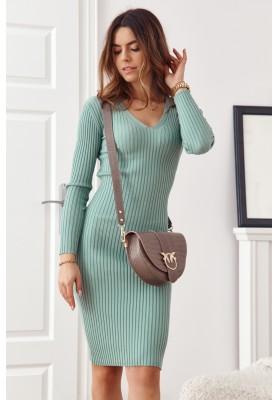 Vypasované, zelené, základní šaty s dlouhými rukávy