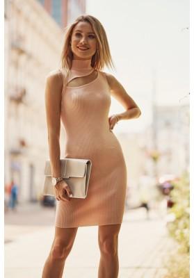 Pohodlné mini šaty se vsazeným otvorem nad prsy, lososové