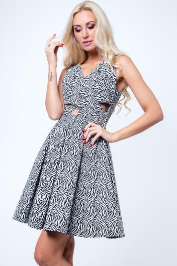 Sukienka rozkloszowana motyw zwierzęcy biało-czarna G5011