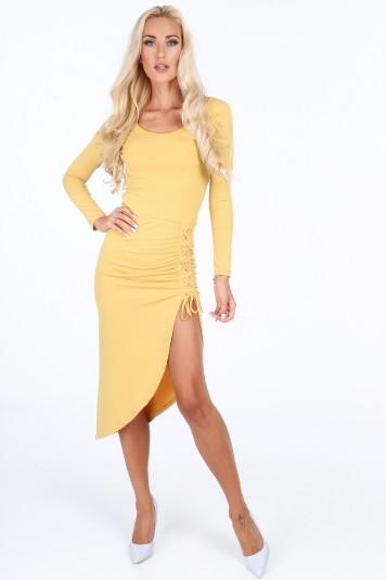 Žluté šaty s ozdobným korzetovým vázáním na stehně ebb0c204b7