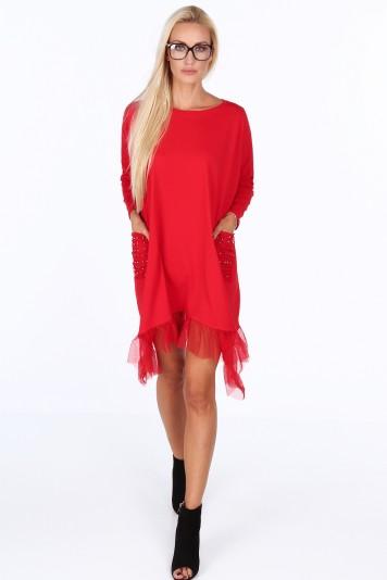 Červené mini šaty s volány a kapsami zdobenými stříbrnými korálky 3c3d6dd6d0