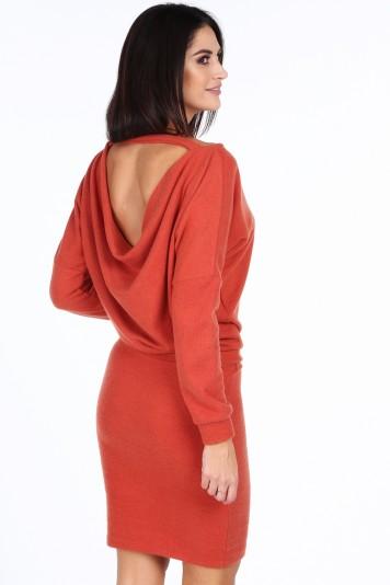 Oranžové elegantní šaty s výstřihem ve tvaru V na chrbte ... 55172fd8ce