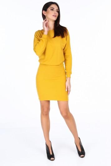 Žluté elegantní šaty s výstřihem ve tvaru V na chrbte ... db07e61b53