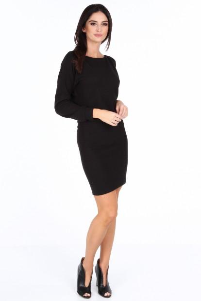 ... Černé elegantní šaty s výstřihem ve tvaru V na zádech. Sukienka z  dekoltem na plecach czarna 19350 a5f3a58b2f