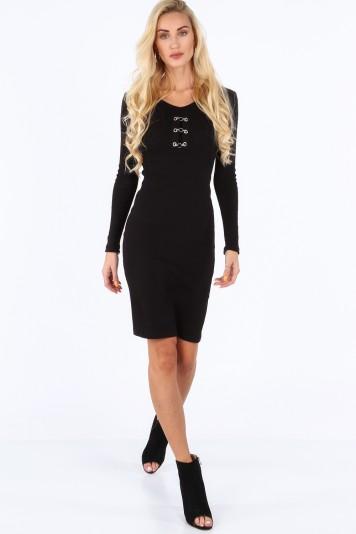 Czarna sukienka dopasowana 19100
