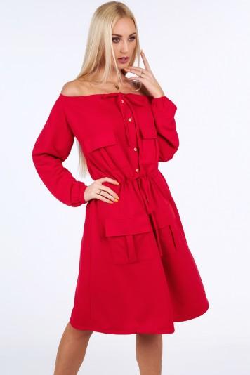 Czerwona sukienka na co dzień 1945