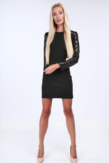 Czarna elegancka sukienka dopasowana 0227