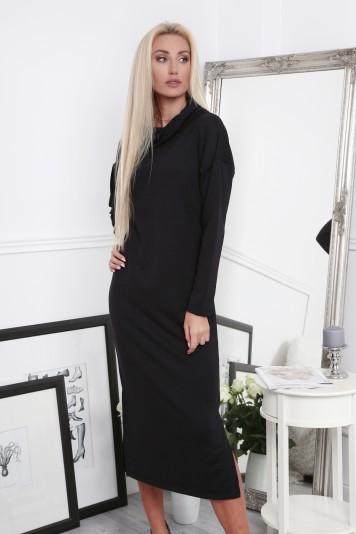 Černé šaty s širokým límcem