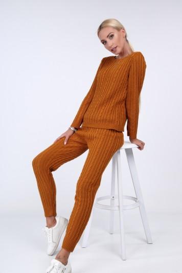 Musztardowy komplet swetrowy ze spodniami 0230