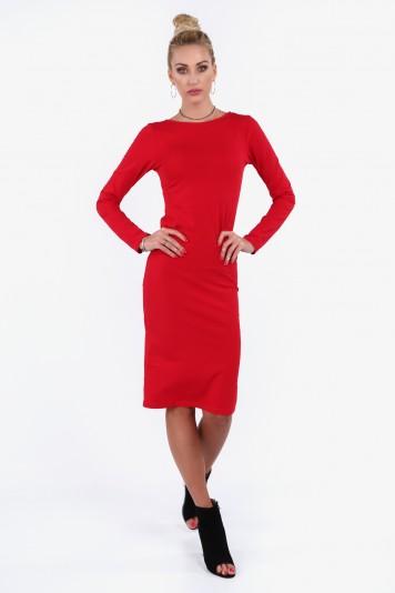 Czerwona sukienka z dekoltem na plecach 40550