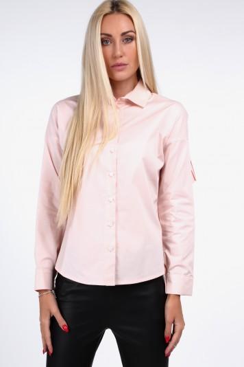 Pudrowa koszula z plisowaną falbaną 0223