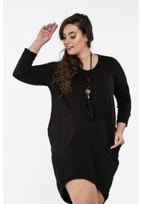 Czarna sukienka w dużych rozmiarach na co dzień B02