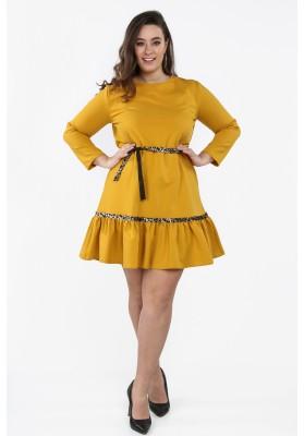 Musztardowa sukienka Plus Size z falbaną na co dzień B09