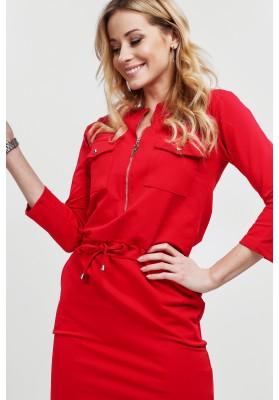 Czerwona sukienka zapinana na suwak dopasowana 2041