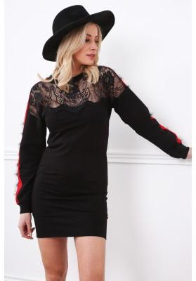 Czarna sukienka z koronkowym dekoltem dopasowana 2072