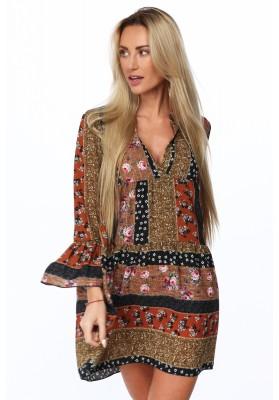 0addf16ed736 Bavlněné šaty s kapucí a tylními rukávy