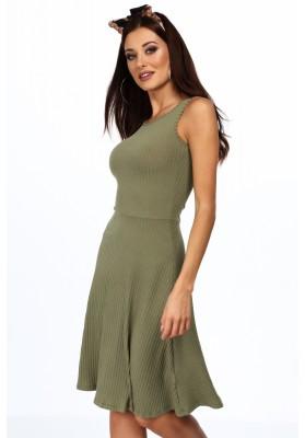 Elegantní šaty s našitým týlním překrytím, červené